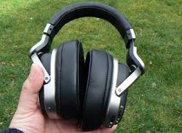 amazon com sony mdr hw700ds sony mdr hw700 review trusted reviews