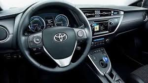 lexus station wagon 2013 hybrid toyota vs lexus 2013 auris vs ct200h youtube