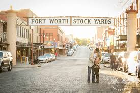 fort worth photographers alex andy engaged at the fort worth stockyards lightly photography