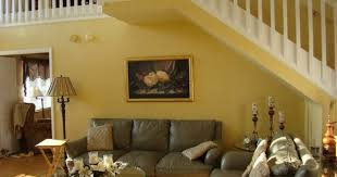 family room sherwin williams accent wall brandywine opposite
