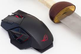 light up wireless gaming mouse hands on with the rog spatha wireless gaming mouse edge up