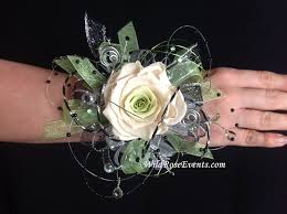 wrist corsage prices our keepsake wrist corsage with a preserved green centered