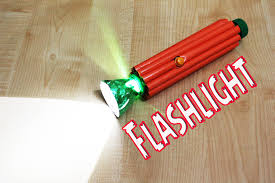 how to make a flashlight from plastic bottles and paper easy