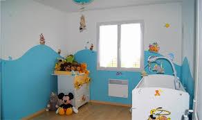 peinture bleu chambre déco murale chambre bébé peinture bleu chambre bebe waaqeffannaa