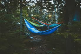 how to set up a camping hammock