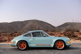old porsche the best of both worlds making old porsche 911 u0027s sing again