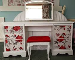 Vanity Table Bedroom Furniture Small Makeup Vanity Table Corner Vanity Table
