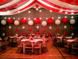 wedding backdrop themes the big top balloon backdrop circus themed wedding wedding
