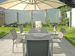 glas und edelstahl als sichtschutz im garten modern terrasse