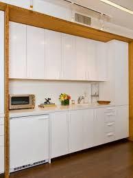 peinture d armoire de cuisine épinglé par yoki challa sur kitchen ideas