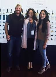 chip and joanna gaines tour schedule behind the scenes at magnolia market here s what happens on a