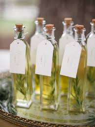 olive favors 24 wedding favor ideas that don t favors and studio