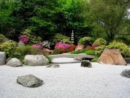 zen gardens bomets