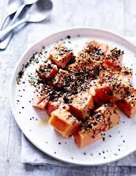cuisiner la papaye papaye au furikake pour 4 personnes recettes à table