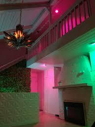 philips hue light unreachable vaporwave foyer hue