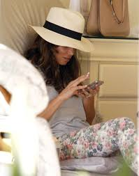 jenna dewan getting her nails on in west hollywood zimbio