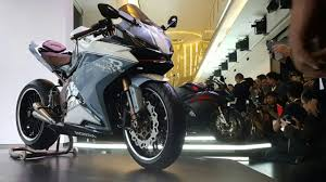 cbr latest model 2017 first photos honda cbr 250rr video motorcycle bikes
