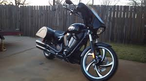 my new batwing fairing and saddlebags victory forums victory