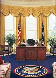 White House Oval Office Desk Resolute Desk White House Museum Inside Oval Office Desk