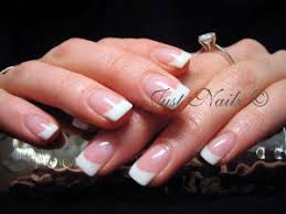 signature nails services and price