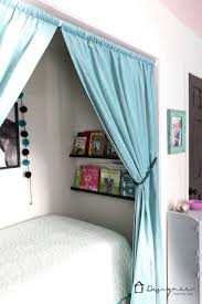 Designing A Bed How To Turn A Closet Into A Bed Nook Spackling Tips Designer