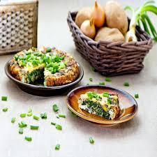 le cerfeuil en cuisine recette omelette au persil cerfeuil et ciboulette