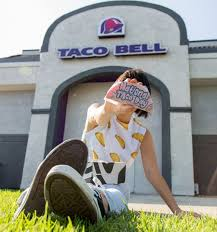 taco bell national taco day gift set deal