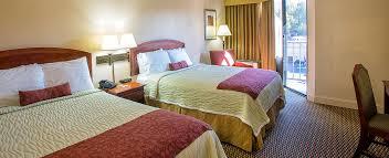 getaway hotel in gatlinburg the edgewater hotel