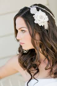 how to do the country chic hairstyle from covet fashion ehow vintage chic wedding theme in citrus