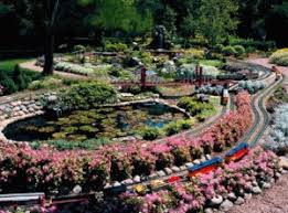 Garden Railroad Layouts Trains Gardens Wandering Tree Estate Luxury Venue