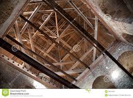 la soffitta palazzo vecchio soffitta di legno schizzo architettonico illustrazione di stock