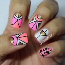 Figuras Geometricas Uñas | hermoso arreglo de uñas con diferentes formas geometricas