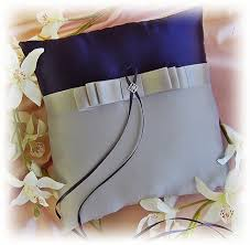 do the colors purple gray match well in clothes fashion what color matches with gray quora