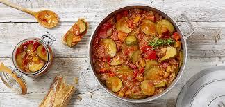 cuisiner une ratatouille recette ratatouille en conserve le parfait