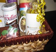 island gift basket same corporate business gift baskets in rock island il cities