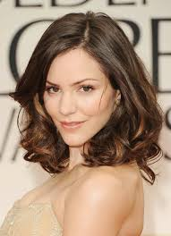 hairstyle for long thin hair and round face for prom evening