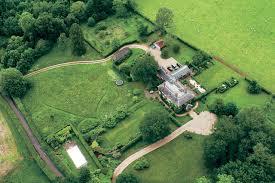 bucklebury middleton house así amanece englefield para la gran boda de pippa middleton y