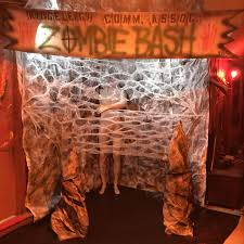 halloween wall cover cheap and easy way to make scenery wall cover for halloween