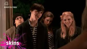 Seeking Saison 1 Episode 1 Vostfr Skins Season 1 Episode 1 Tony