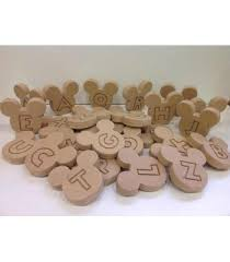 the leading supplier of freestanding wooden letters