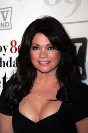how to get valerie bertinelli current hairstyle valerie bertinelli i love her hair valerie bertinelli