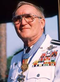 Most Decorated Soldier Of Ww2 Who Is Most Highly Decorated Service Member In American Military