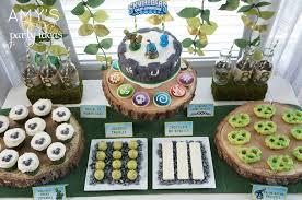 Skylander Favors by Skylanders Birthday Dessert Table Bar Ideas