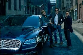 lincoln annie leibovitz shoots new lincoln continental campaign motor trend