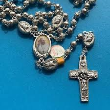 rosaries blessed by pope francis holy year of mercy jubilee rosary blessed by pope francis