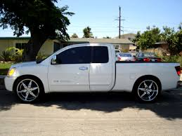 nissan titan extended cab parting out 05 nissan titan lots of goodies located in socal