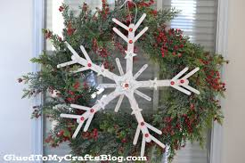 popsicle stick snowflake wreath glued to my crafts