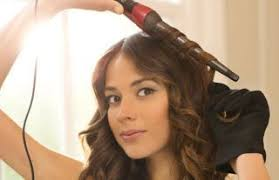 best curling wands for short hair how to use a curling wand like a pro