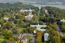 Most Picturesque Towns In Usa by 30 Most Beautiful Small College Campuses In America