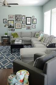 Create A Gallery Wall Ideas For Picture Frame Displays Picture - Family room photo gallery